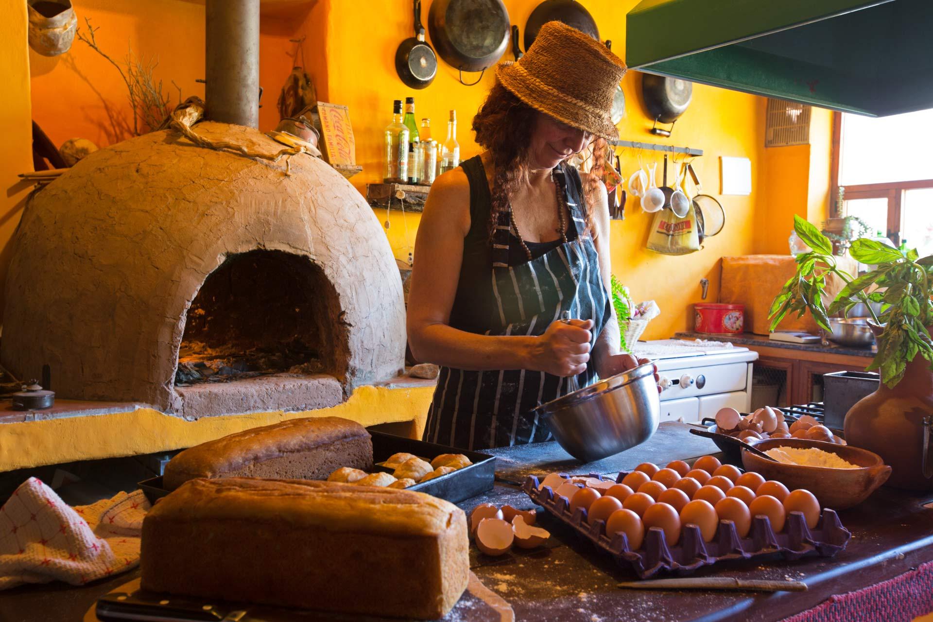 Alejandra kocht und backt glutenfrei in Tilcara